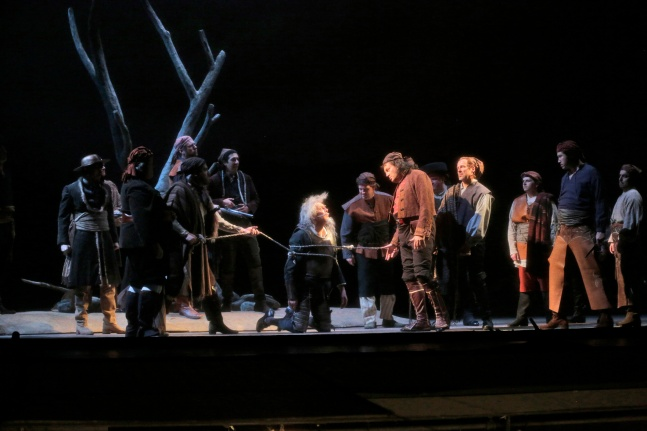 San Diego Opera 2014: threatening Don Quichotte as the chief bandit